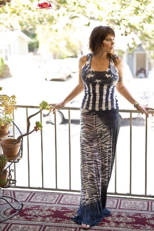 beth hart elegant dress
