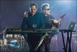 http://www.radiantrecords.com/products/580-neal-morse-morsefest-2014-testimony-one-live.aspx