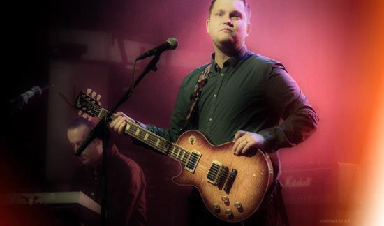 Sugarman Sam - liquid guitar grooves like appetizing acid peel ...