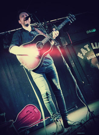 Jack Carty - we enjoyed laid-back vocals of infectious quality from this masterful troubadour...