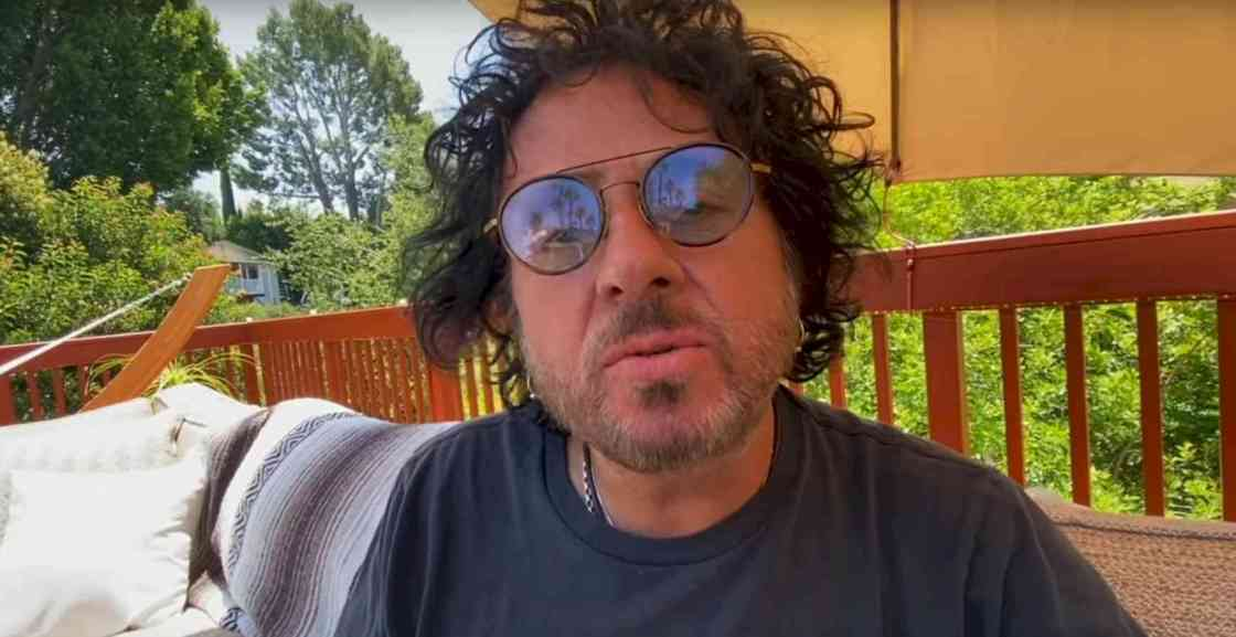 Steve Lukather run to me