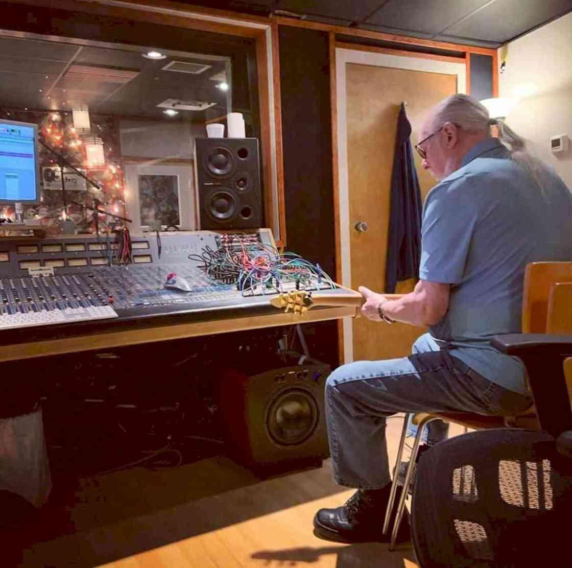 Steve Cropper working in studio