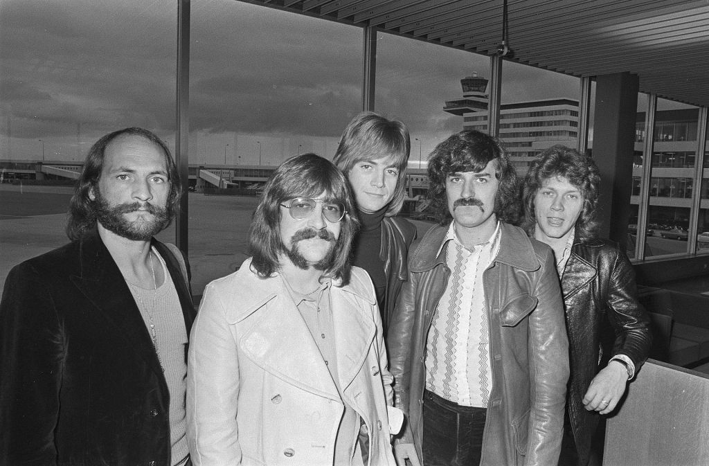 Moody Blues at Amsterdam Airport Schiphol in 1970  from left to right Mike Pinder, Graeme Edge, Justin Hayward, Ray Thomas, John Lodge Open Data