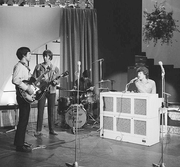 Steve Winwood on organ with Spencer Davis Group, 1966
